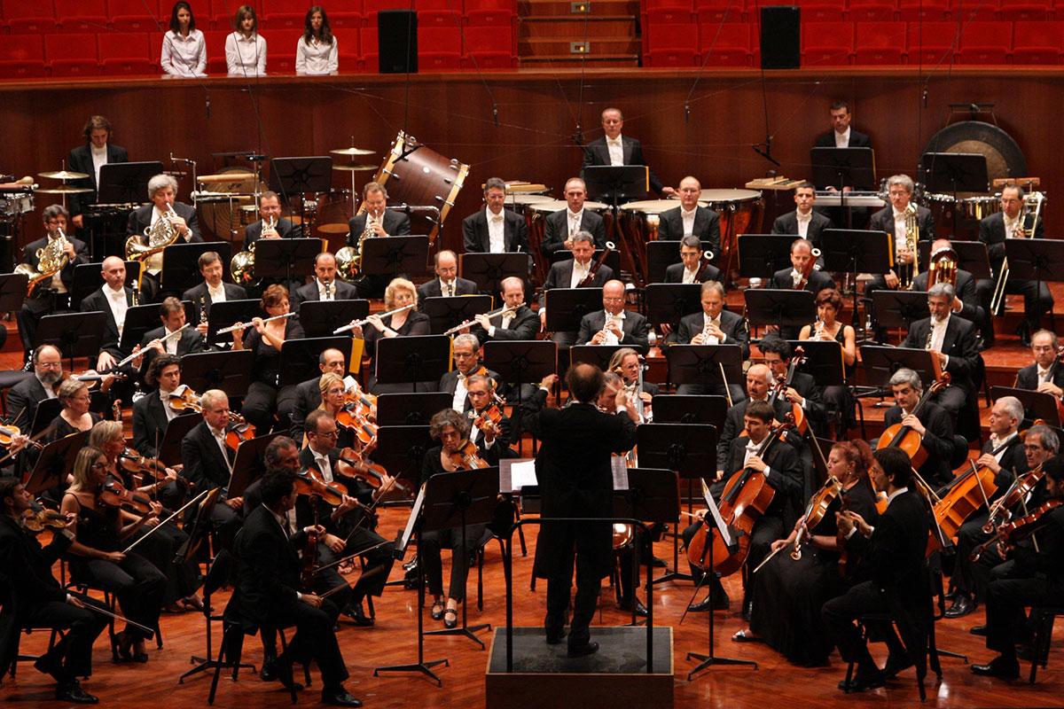 Un 2015 meraviglioso/Nell'Expo: tra musica, teatro, moda, de... OF OSSERVATORIO FINANZIARIO